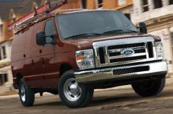 compare 2014 Ford E-150