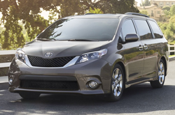 Compare 2014 Toyota Sienna