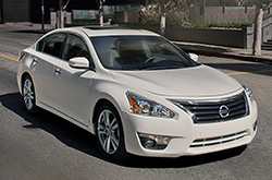 Nissan Altima Review For 2015 Model Year. Terrific Fuel Economy ...