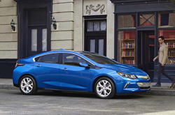 compare 2016 Chevrolet Volt