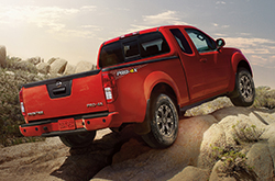 phoenix nissan frontier reviews compare 2016 frontier prices mpg safety. Black Bedroom Furniture Sets. Home Design Ideas