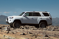 2016 toyota 4runner evansville in review affordable midsize suv specs prices colors. Black Bedroom Furniture Sets. Home Design Ideas