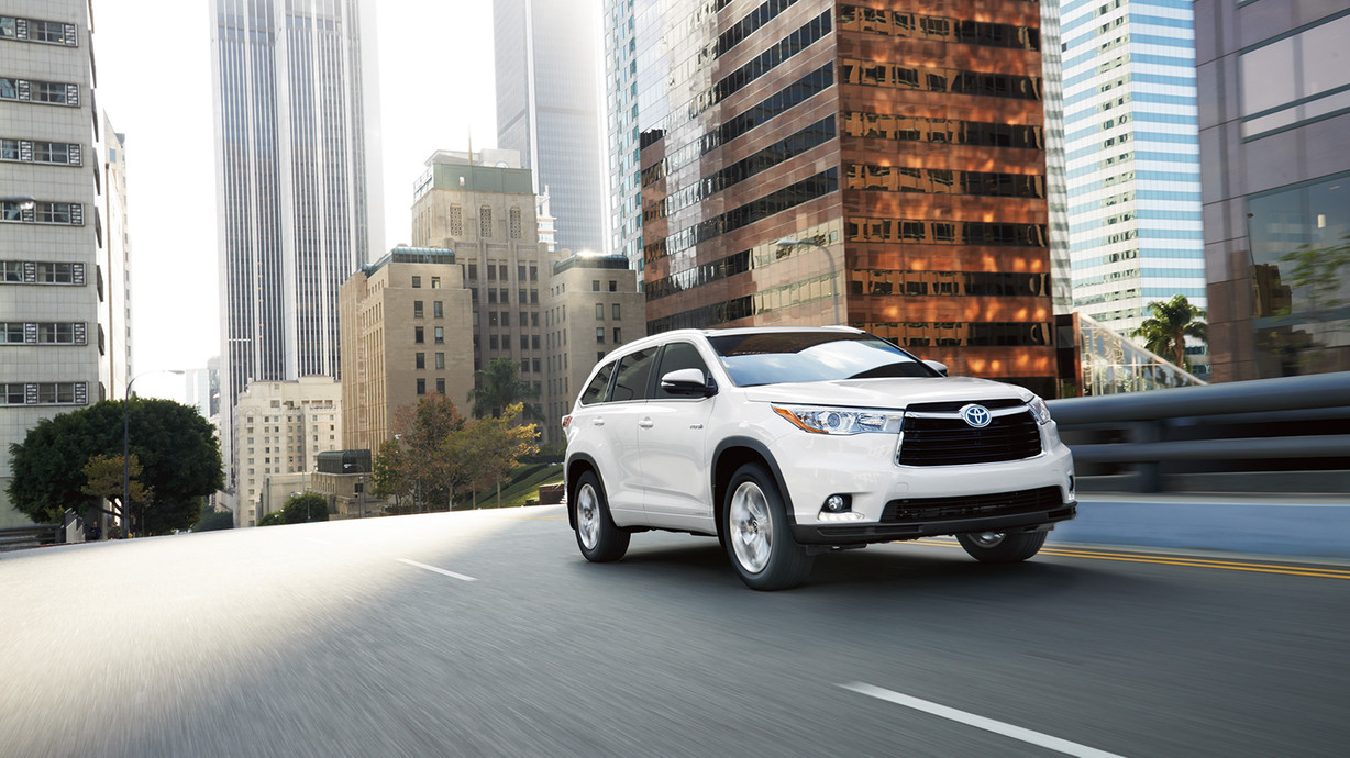 Find Out More About The 2016 Toyota Highlander At David Maus