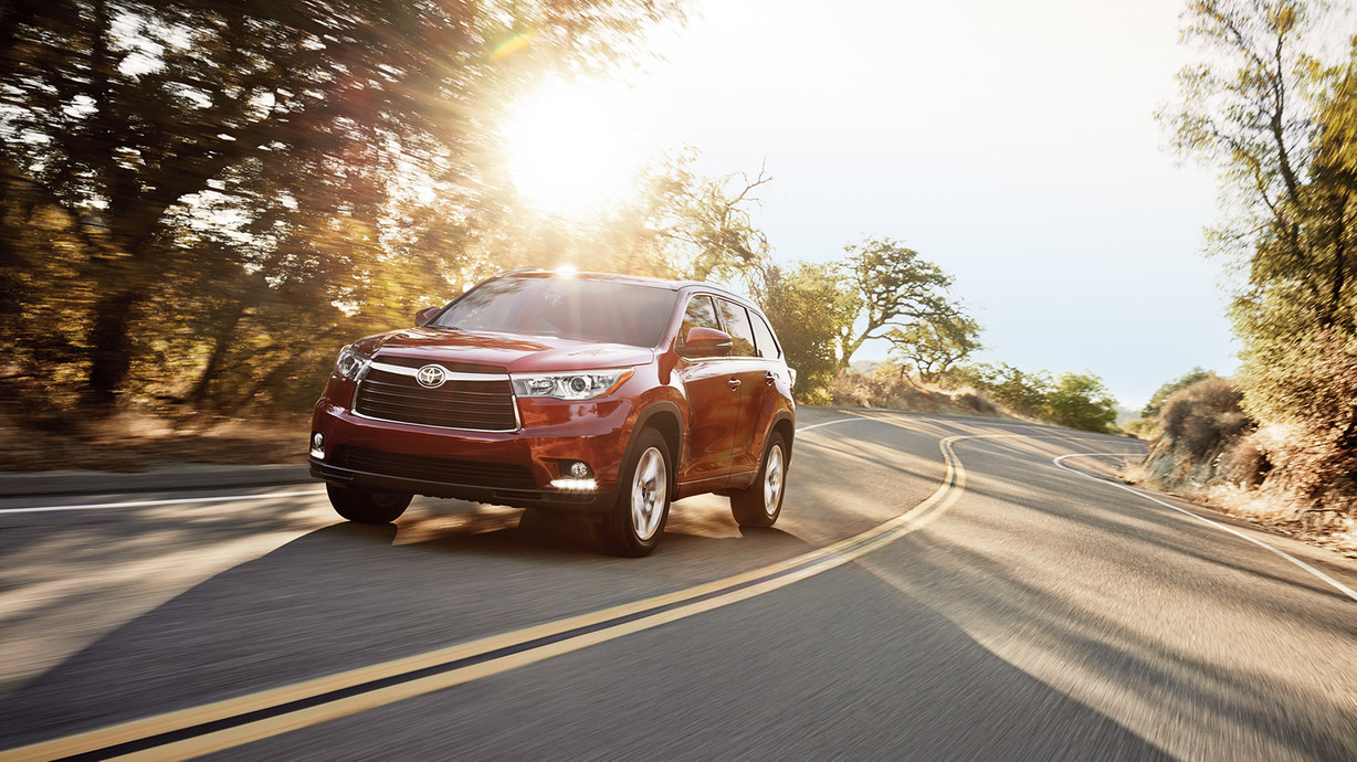 how much does a toyota highlander weigh autos post. Black Bedroom Furniture Sets. Home Design Ideas