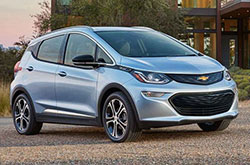compare 2017 Chevrolet Bolt