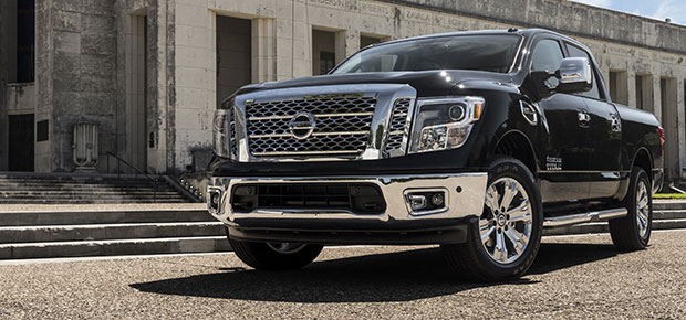 2017 nissan titan review features specs plano irving tx. Black Bedroom Furniture Sets. Home Design Ideas