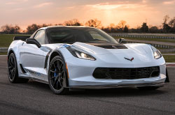 compare 2018 Chevrolet Corvette
