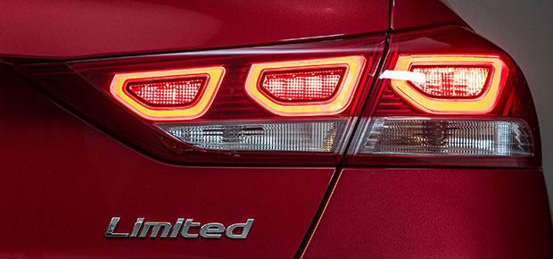 2018 Hyundai Elantra Review Specs And Features
