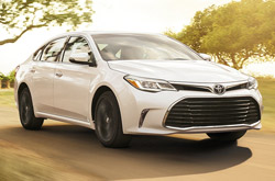 Review 2018 Toyota Avalon Photos Features Amp Specs