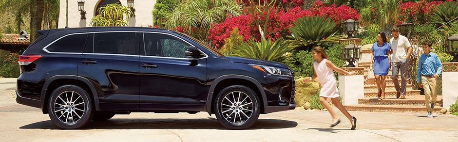 2018 Highlander Review Compare Prices Features Toyota Of Deerfield Beach
